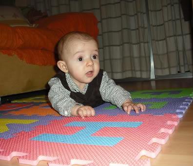 bebe de seis meses
