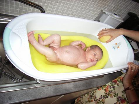 1130 Las tinas de baño del bebé