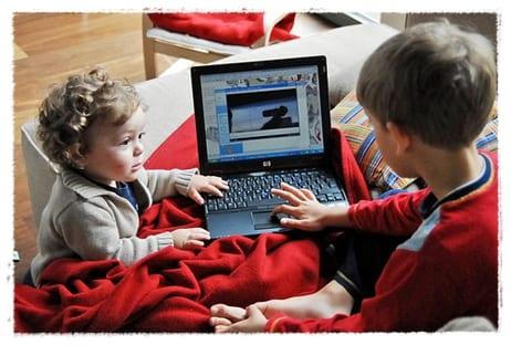 Los niños e internet