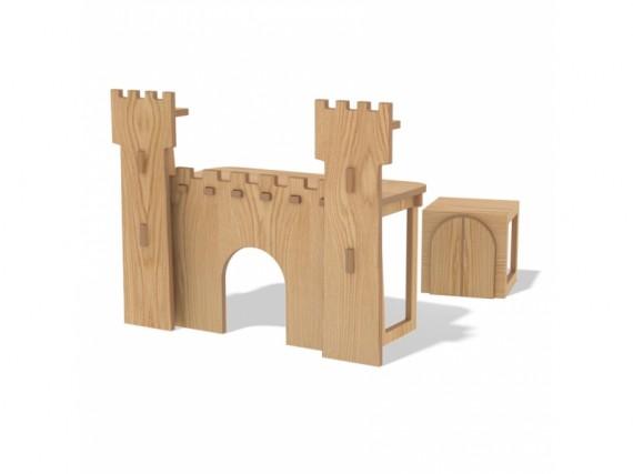 escritorio con forma de castillo