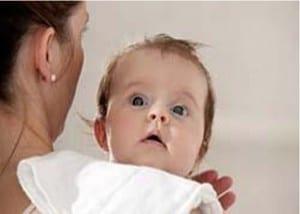 bebe regurgita