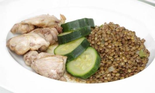 Alimentos saludables para el bebé. Calabacín y lentejas