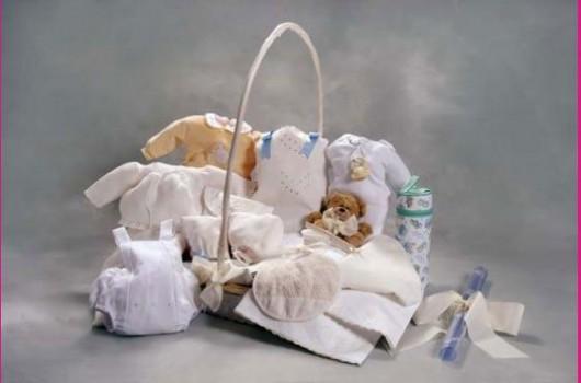 Ropa para bebés (desde el nacimiento hasta los 3 meses)