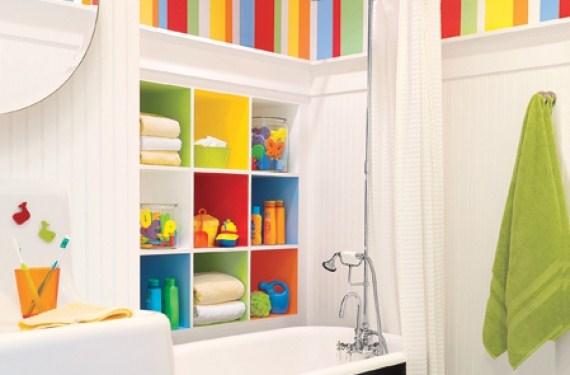 Color paredes y estantería del baño