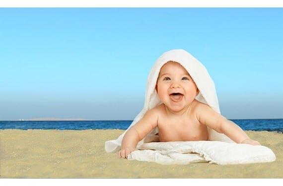 Beneficios de la playa para los bebés