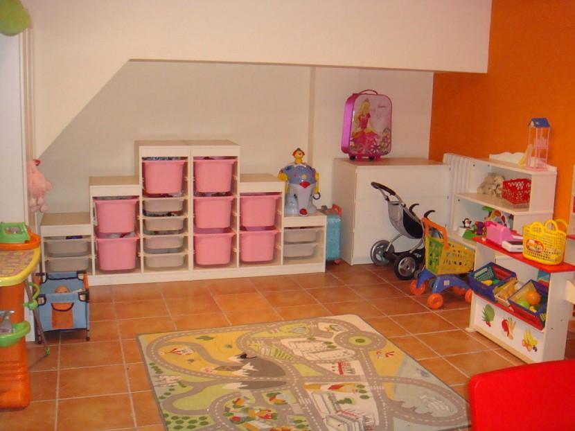 Muebles infantiles organizadores para sus juguetes