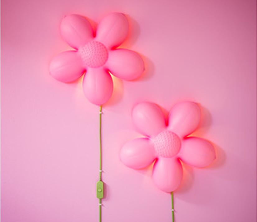 Smila Blomma de Ikea, una lámpara económica muy decorativa