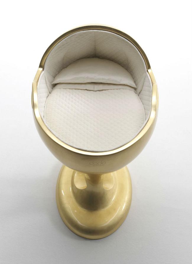 Dodo Bassinet Gold Edition de Baby Suommo, la cuna más cara del mundo