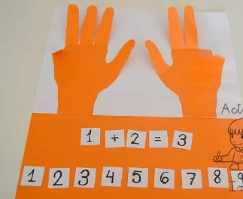 manos de papel
