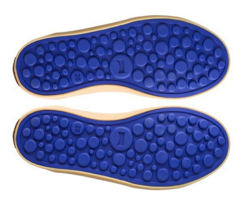 Zapatos infantiles Camper