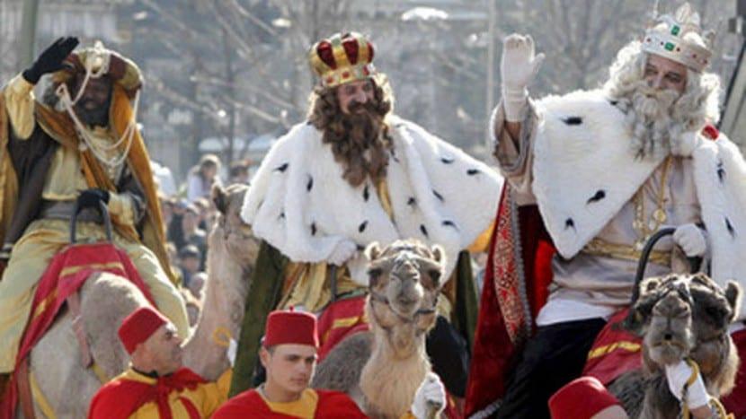 Cabalgata de Reyes con niños