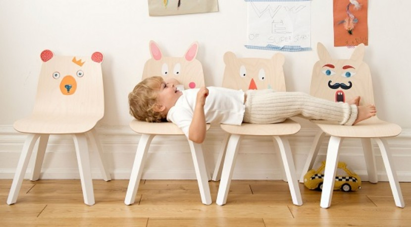 Mesas y sillas oeuf play para ni os for Sillas para habitacion