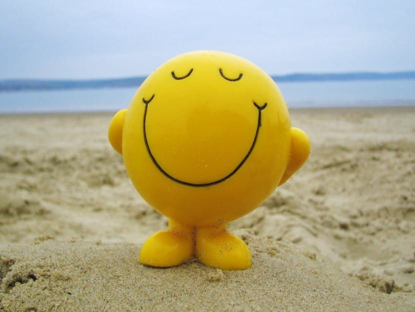 nena feliz monigote