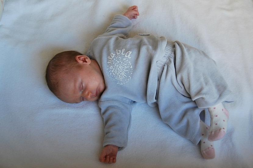 ¡Cuidado con las técnicas para que los bebés aprendan a dormir!