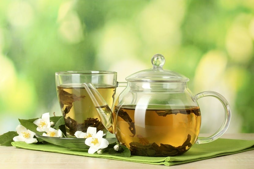 Infusión de té verde y lactancia