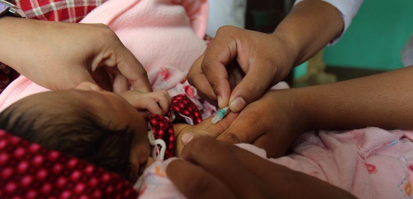 Vacunar a los bebés podría ayudar a prevenir la muerte súbita