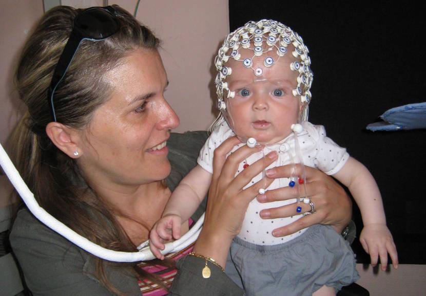 Los bebés poseen capacidad de percibir los rostros antes de lo que se pensaba