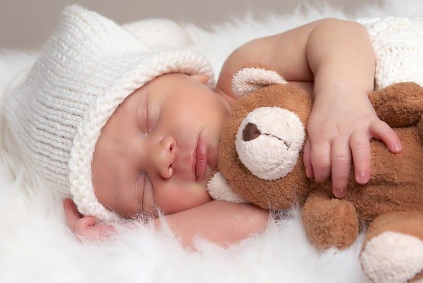 bebe resfriado durmiendo