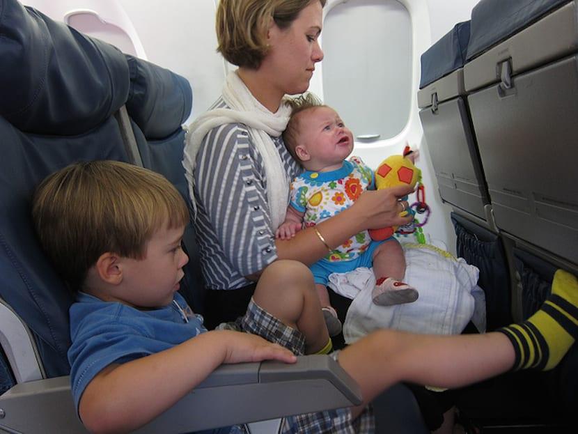 Documentos viajar con niños