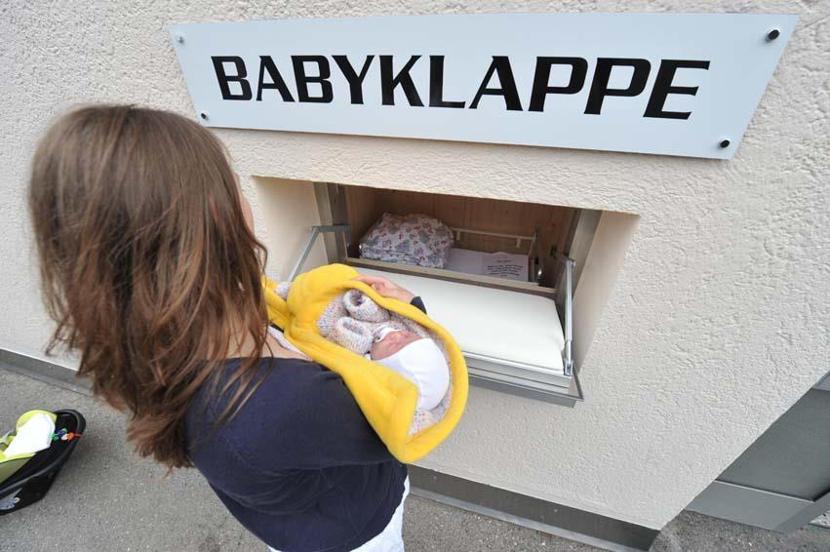 Los Babyklappe, una iniciativa germana para quienes vayan a abandonar a su bebé