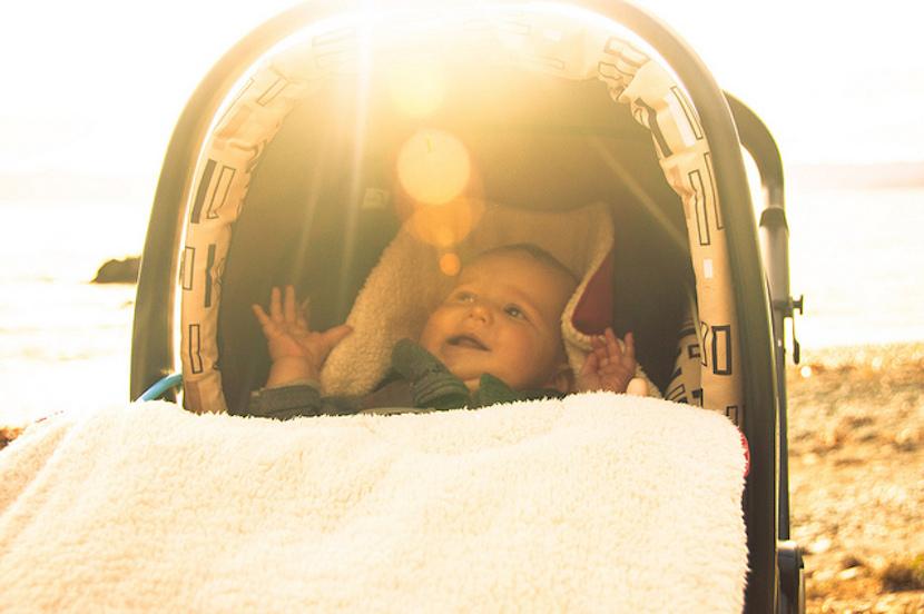 Tapar el carrito del bebé