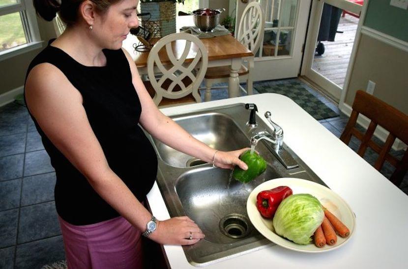 Prevenir el aumento de peso durante el embarazo