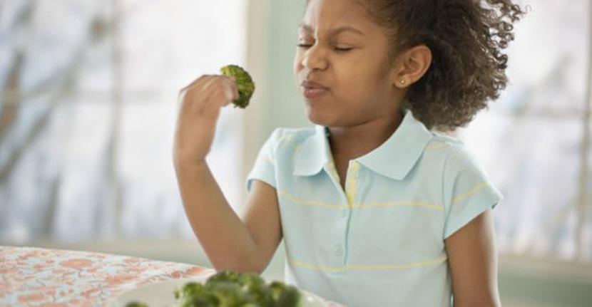 Asocian la alimentación selectiva en los niños con mayor riesgo de ansiedad, depresión y TDAH