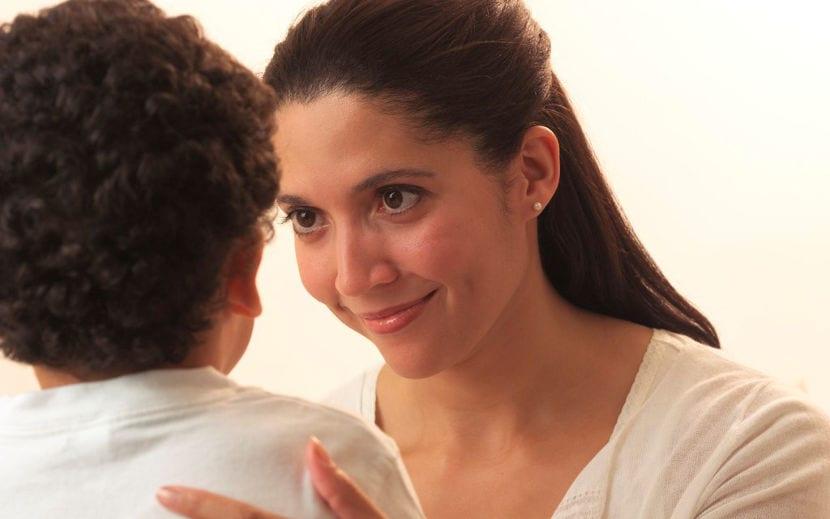 6 maneras de hablar con los hijos de forma eficaz