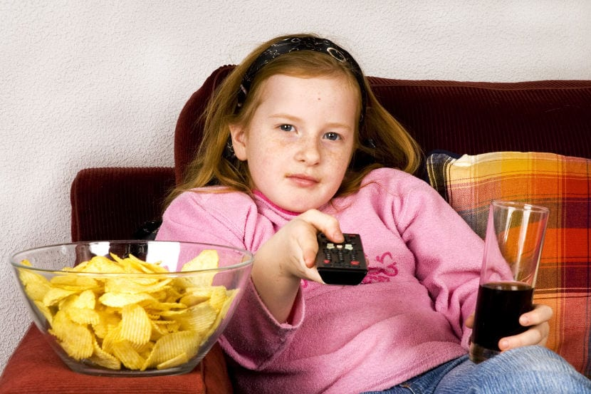 El sedentarismo y el sobrepeso debilitan la salud arterial ya en la infancia