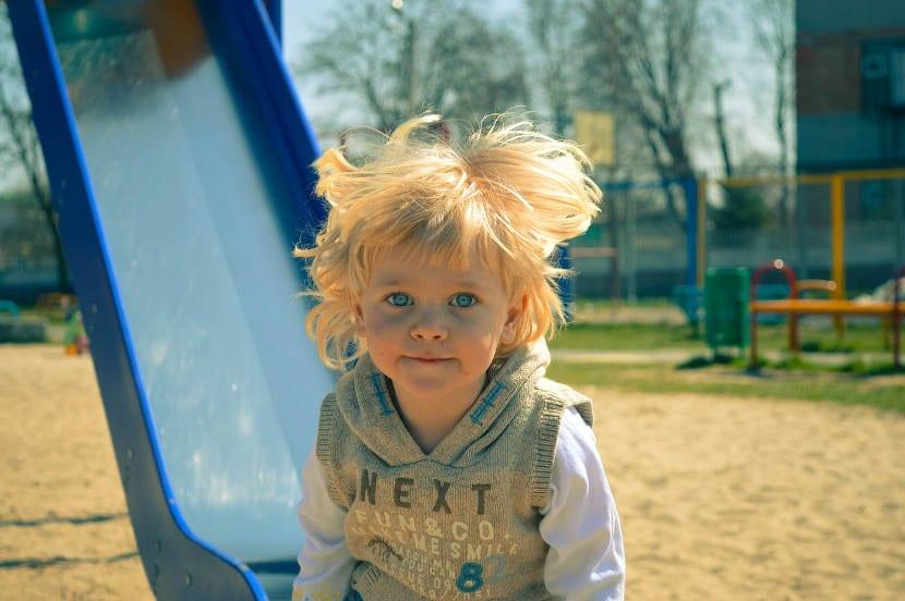 Los niños deben jugar al aire libre todos los días