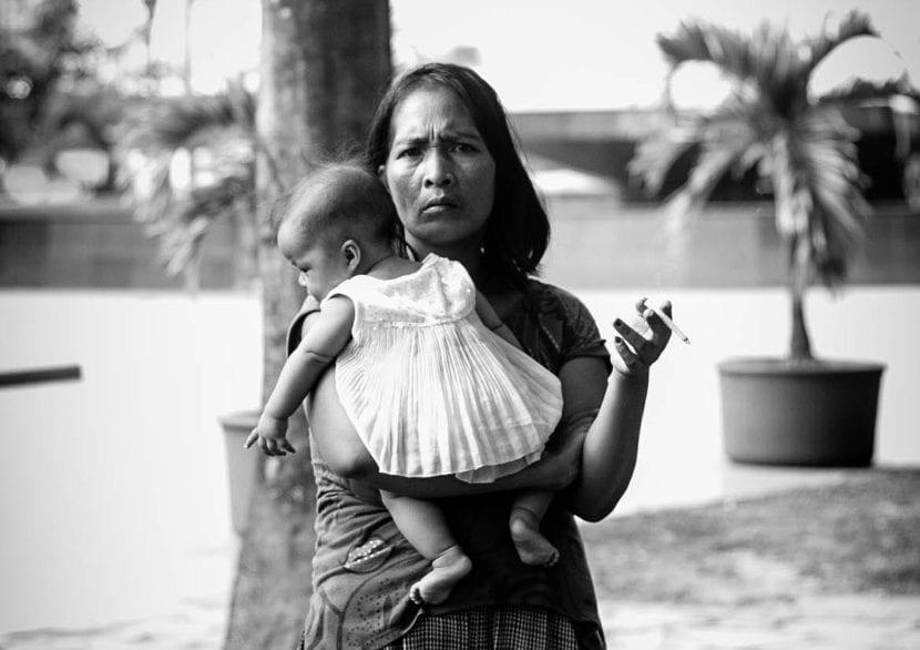 Por qué tantas madres vuelven a fumar después de dar a luz