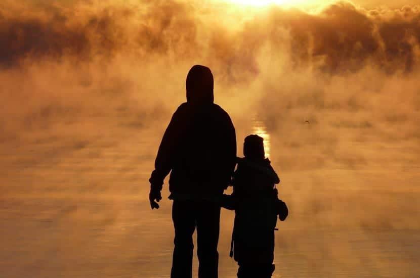 padre e hijo al amanecer (Copy)
