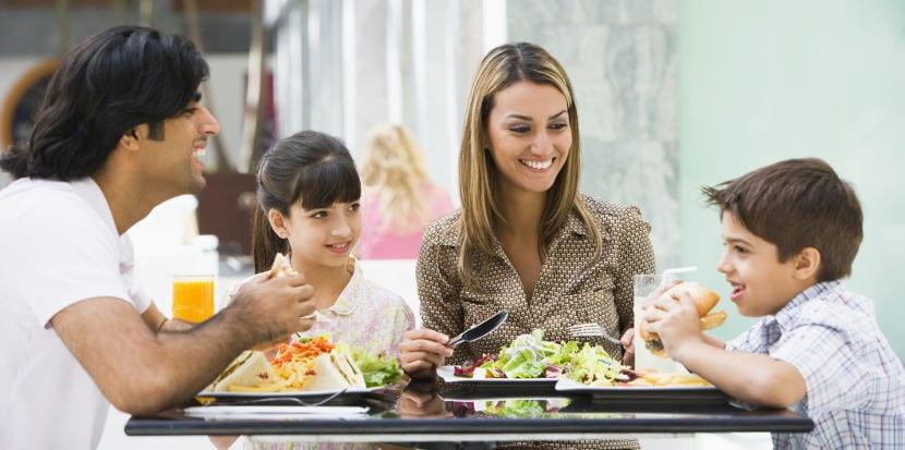 El aprendizaje en familia favorece el bilingüismo