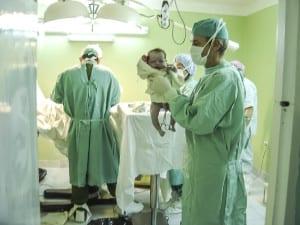 La inscripción de bebés en el hospital sin tener que ir al registro empieza a ser una realidad