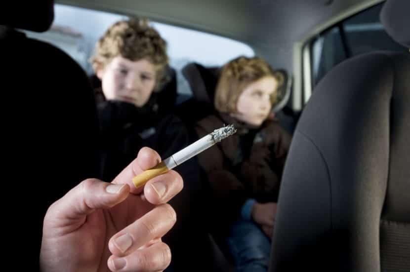 niños fumadores pasivos