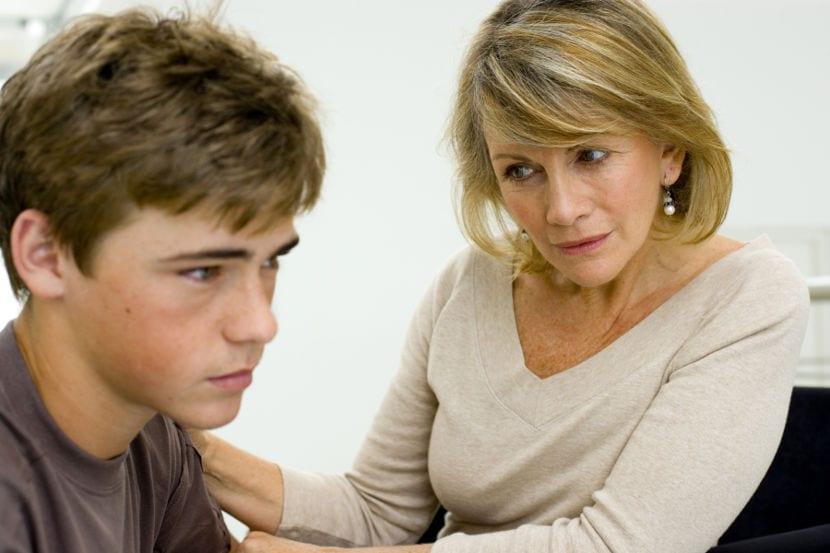5 cosas que tu hijo adolescente necesita que le digas