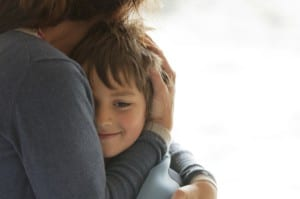 abrazar a los hijos