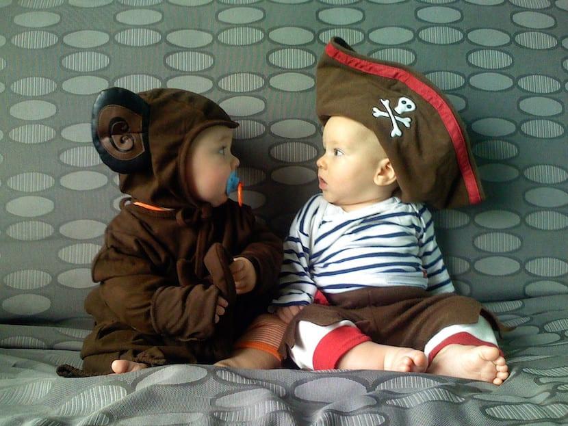 Ponerse disfraces tiene efectos muy beneficiosos para los niños