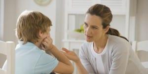 hablando con los niños