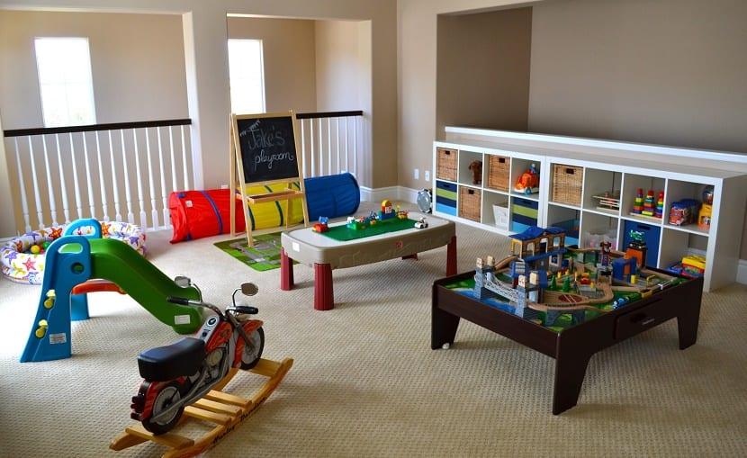 Tendencias para crear una sala de juegos para los ni os for Recoger muebles