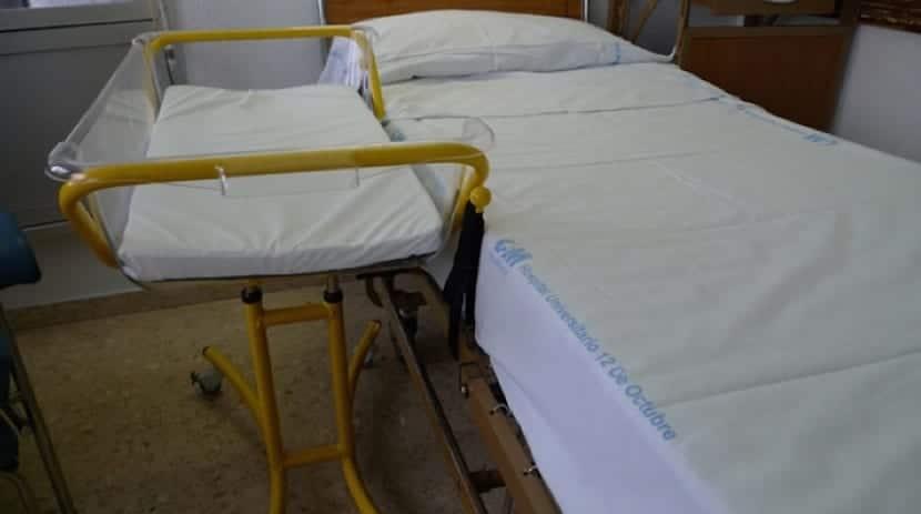 Cuna sidecar en la sala de maternidad del Hospital 12 de Octubre.