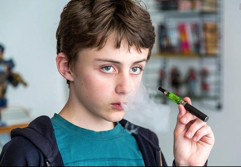 Un estudio alerta sobre las intoxicaciones que sufren los niños debido a cigarrillos electrónicos