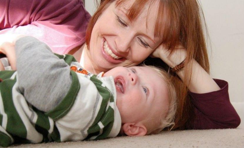 bebe y mama
