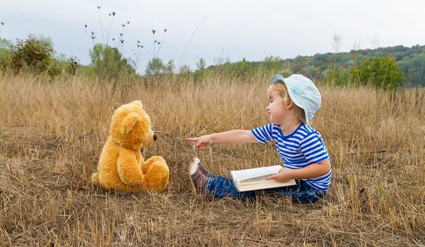 Amigo imaginario en la infancia