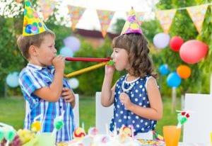 Celebrar cumpleaños en el exterior