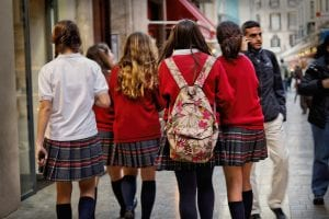Conoce las ventajas e inconvenientes de que tus hijos lleven uniforme escolar
