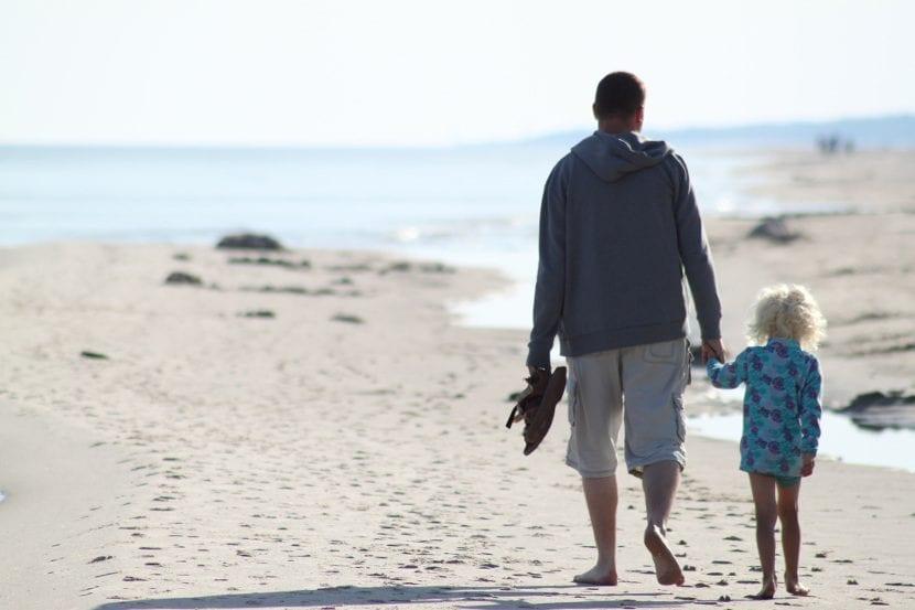 Niña con su padre
