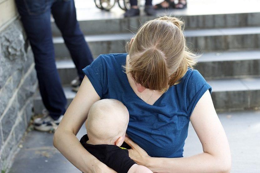 La incorporación al trabajo es el segundo motivo para que las madres abandonen la lactancia