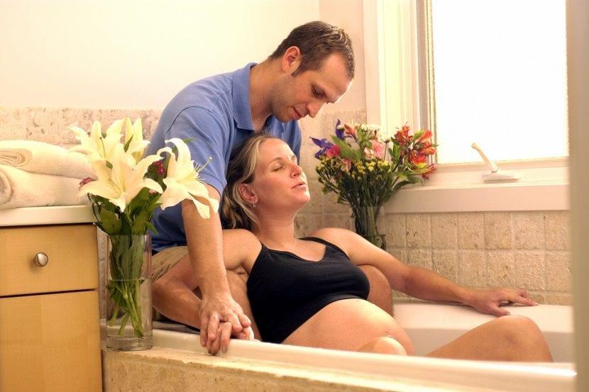 parto natural en una bañera