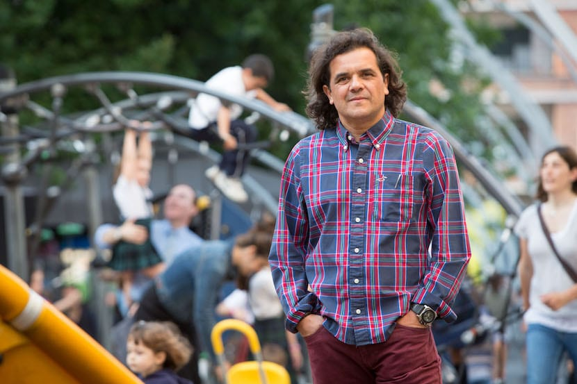 """Entrevistamos a Antonio Ortuño: """"La incoherencia adulta hace mucho daño a los menores"""""""